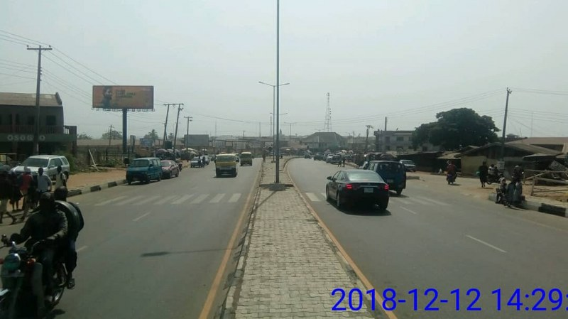 ALONG STADIUM OFFA ROAD BY AIYETORO JUNCTION FTF STADIUM/NEPA/OFFA/IGBONA MARKET